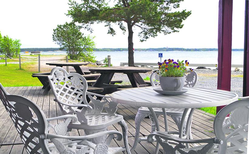 Njut av sommaren i Simpnäs